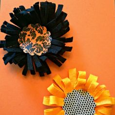 Here's a quick and easy way to make felt flowers for decorating and embellishing. This tutorial shows two different styles.