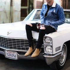 Como usar botas Chelsea estilo David Beckham - The How of Things - Fashion✨ - Chelsea Boots Outfit, Mens Chelsea Boots, Estilo David Beckham, Style Casual, Men Casual, Jean Jacket Outfits, Style Masculin, Mens Boots Fashion, Womens Fashion