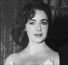 Elizabeth Taylor. Young and lovely.
