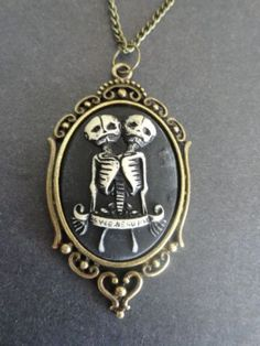 Conjoined Cameo Necklace - Bronze