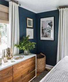 30 Awesome Modern Bedroom Decorating For Your Cozy Bedroom Ideas 2019 Master Bedroom ideas. The post 30 Awesome Modern Bedroom Decorating For Your Cozy Bedroom Ideas 2019 appeared first on Bathroom Diy. Farmhouse Master Bedroom, Cozy Bedroom, Master Bedrooms, Dark Bedroom Walls, Bedroom Bed, Teal Master Bedroom, Navy Blue Bedrooms, Bedroom Corner, West Elm Bedroom