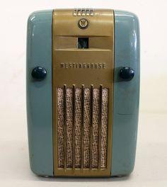 WESTINGHOUSE H125 REFRIGERATOR RADIO : Lot 180