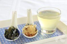 Aprende como hacer un caldo dashi con Thermomix. Una receta tradicional de la cocina japonesa y base para multitud de platos nipones.g