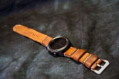 Watch strap is intended for the Garmin Fenix 3 and Garmin Fenix 5S/5/5X sports watches, however it can be used with any other 20/22/26mm lug width watches. The width of the strap is 20, 22, or 26mm and length is the same as original strap (or other by agreement if you send your...