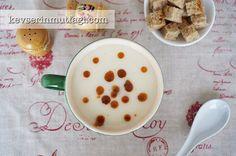 Kereviz Çorbası Tarifi - Malzemeler : 1 adet orta boy kereviz, 1 adet soğan, 1 tepeleme yemek kaşığı un, 1 yumurta sarısı, 1/2 limonun suyu, 3 yemek kaşığı sıvıyağ, 5 su bardağı su, Tuz.