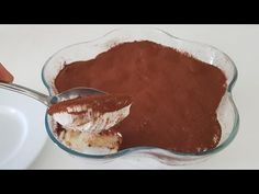 Acest tort este gata în 5 minute! Fără FURĂ! FĂRĂ GĂTIRE! Proaspete și CHEAP # 283 - YouTube Turkish Recipes, Greek Recipes, Raw Food Recipes, Cooking Recipes, Ethnic Recipes, Chocolate Lasagna, No Cook Desserts, English Food, Nutella
