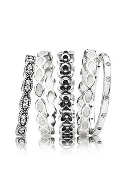 A stylish and contemporary ring stack for any black and white outfit. #PANDORA #PANDORAring