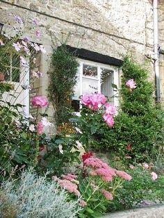 English cottage garden love