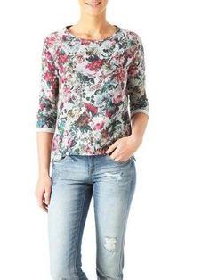 Patterned sweatshirt!!