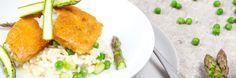 Tutustu täältä Finduksen paneroitu kalafilee ja parsa-hernerisotto reseptiin! Tarjoile parsalla ja herneillä viimeistelty risotto maukkaiden kalafileiden kera.