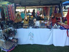 Palmyra Mega Markets Last Sunday of the month 8am - 12noon Palmyra Primary, Perth Willowbags display