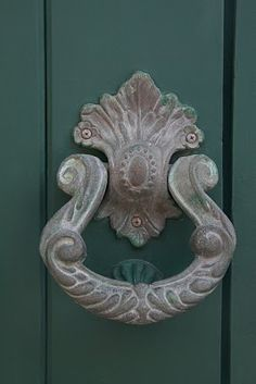Delicate door knocker.