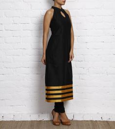 Black Cotton silk kurti with a collared neckline and a key hole on the neck.