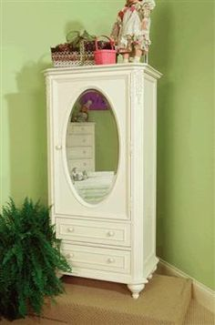 Enchantment Romantic Victorian Off White Wardrobe W/Mirrored Door