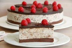 Tarta de stracciatella - Recetas Thermomix   MisThermorecetas Thermomix Desserts, Dessert Recipes, Mousse, Cheesecake Pie, Delicious Deserts, Drip Cakes, Flan, Cake Cookies, Sweet Recipes