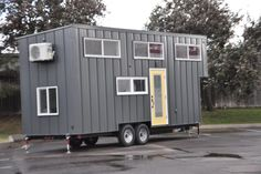 This 3 bedroom tiny house offers modern appliances, luxurious sleeping options, and a separate bathroom. Solid Wood Furniture, New Furniture, Furniture Making, Small Kitchen Appliances, Home Appliances, Appliance Cabinet, Door Stays, Whirlpool Dishwasher, Furniture Companies