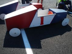 The adult soap box derby cars Soap Box Derby Cars, Soap Box Cars, Soap Boxes, Derby Time, Fall Decorations, Toy Chest, Solar, Storage, Vehicles