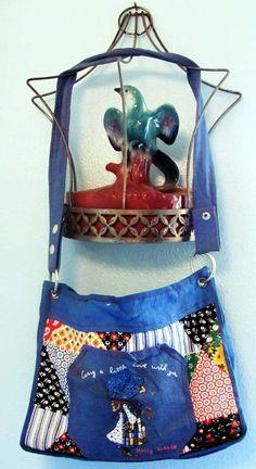 HOLLY HOBBIE strap purse por weescreamvintage en Etsy Holly Hobbie, Cool Fabric, Pretty Good, Your Child, Patches, Purses, Children, Prints, Blue