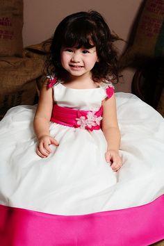 http://www.weddingstuff2014.com  Empire waist sleeveless organza charming flower girl dress
