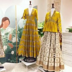 Ogaan Mehrauli Jayanti Reddy's Fashion Week line has arrived Indian Gowns, Indian Attire, Pakistani Dresses, Indian Wear, Choli Designs, Saree Blouse Designs, Indian Wedding Outfits, Indian Outfits, Wedding Dress