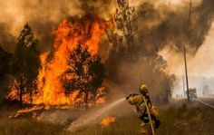 California evacua más de 13 mil personas por incendio