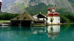 Disfruta del paisaje de este lago cristalino en Alemania