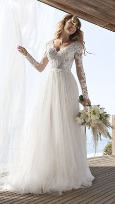 Beautiful lace long sleeve wedding dress by Rebecca Ingram. This dress is called iris and part of their new collection. Perfect for a boho wedding, traditional or relaxed vibe. Long Sleeve Bridal Dresses, Long Sleeve Wedding, Wedding Dress Sleeves, Colored Wedding Dresses, Dream Wedding Dresses, Boho Wedding Dress, Lace Sleeves, Wedding Gowns, Lace Dress