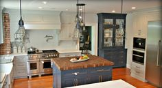 blue / white kitchen