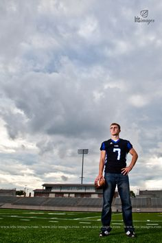 Omaha Senior Photographer | Papillion-La Vista South Football Player | Papillion Senior | Iris Images