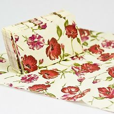 Leaves and Flowers Guest Towels (Set of 12 Packs) – EUR € 8.24