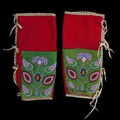 137: Crow/ Plateau Beaded Wool Leggings Native American Tribes, Native Americans, Tops For Leggings, Women's Leggings, Crow Indians, Indian Beadwork, Crow Art, Beaded Moccasins, Fur Trade