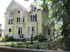 1891 Gothic Revival (1709 Reynolds St, Brunswick, GA) - inside is done so nicely, outside looks like a lemon meringue pie ..which is a good thing :p