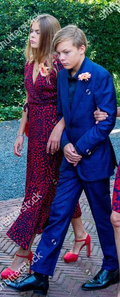 Eloise, La Haye, Taylor Swift Outfits, Dutch Royalty, The Hague, Business Class, Nassau, Royal Families, Funeral