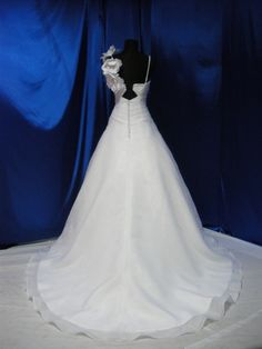 Wedding Dress Fantasy - Vintage Inspired Wedding Dress - Available in Every Color 26, $739.00 (http://www.weddingdressfantasy.com/vintage-inspired-wedding-dress-available-in-every-color-26/)