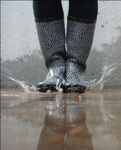 Marimekko rain boots for fall. Family Tree For Kids, Singing In The Rain, Marimekko, Leg Warmers, Finland, Rain Boots, Grey, Fall, Style