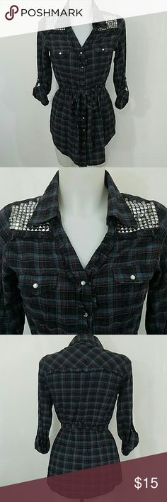 Daytrip Long Blouse Daytrip Long Blouse. In great condition. Size small. Daytrip Tops Blouses