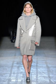 Alexander Wang Fall 2011 Ready-to-Wear Fashion Show - Aymeline Valade
