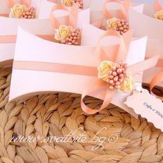 Сватбена покана папирус с кутия Вероника - цвят праскова / Peach Wedding invitation with box / www,svatbite.bg
