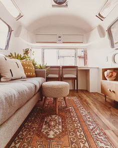 If you are looking for some airstream interior inspiration check out Their new airstream renovation is 🔥. Airstream Living, Airstream Remodel, Airstream Renovation, Airstream Interior, Airstream Trailers, Vintage Airstream, Vintage Campers, Travel Trailers, Airstream Decor