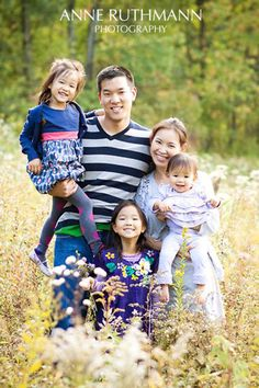 Top 10 Tips for Family Photo Poses