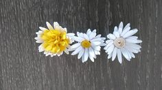Florartistry: daisy Create And Craft, Nightingale, Flower Making, Paper Flowers, Daisy, Stud Earrings, Tips, How To Make, Cards