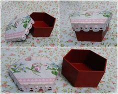 caixa mdf, detalhes em decoupagem e passa-fitas na tampa.