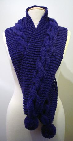 Handmade knitted electric cobalt sapphire blue purple by ManaKori
