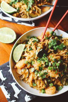 Spicy Sriracha Shrimp Rice Noodles