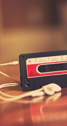 Old Cassette. iPhone Wallpapers Vintage HD Backgrounds - @mobile9