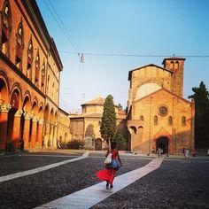 Todos os caminhos vão dar a uma Piazza, #Bologna - Instagram by @anasofiavasconcelos