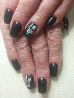 Black gel polish with one stroke cala lily nail art