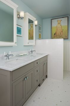 Whitney from Cambria's Jewel Collection. #Cambria #CambriaQuartz #Quartz Quartz Bathroom Countertops, Cambria Quartz Countertops, Stone Countertops, How To Install Countertops, Design Palette, Tiny Bathrooms, Kitchen And Bath Design, Bathroom Fixtures, Innovation Design