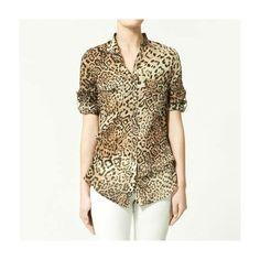 CAMISA FEMININA ESTAMPA LEOPARDO O animal print da vez, é o leopardo, e claro que a Vizuw  não poderia ficar de fora. A estampa leopardo vem mais estilizada, para o inverno combine com peças no tom de vermelho ou vinho, seu estilo selvagem será um suscesso, inspire-se e faça suas produções com esta linda camisa estampa leopardo!  R$49,90 4x R$12,48 sem juros ou em até 12 X de R$4,72