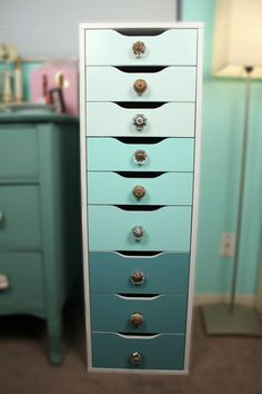 Painted ALEX drawers with knobs added - very brief DIY doesn't mention what type of paint was used - but did mention useing Polyurethane (Semi-Gloss Interior) to seal it.